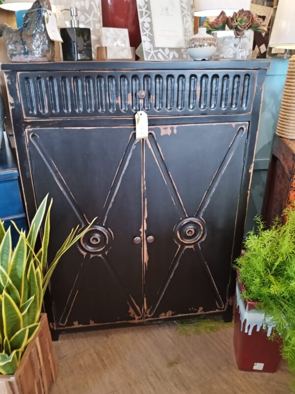 Baygon Chest - Black Electric