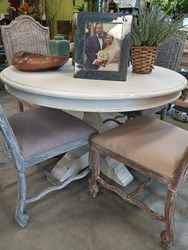 Ziad Table - 4ft - White Rub