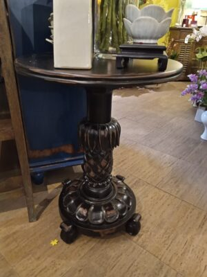 Pineapple Side Table - Black Electric