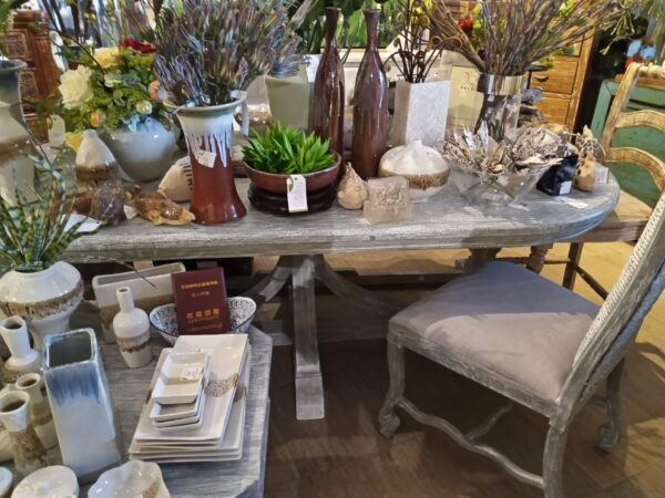 Davos Dining Room Table - Grey