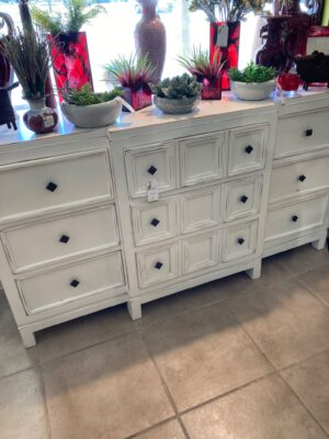Ventura Dresser - White Rub