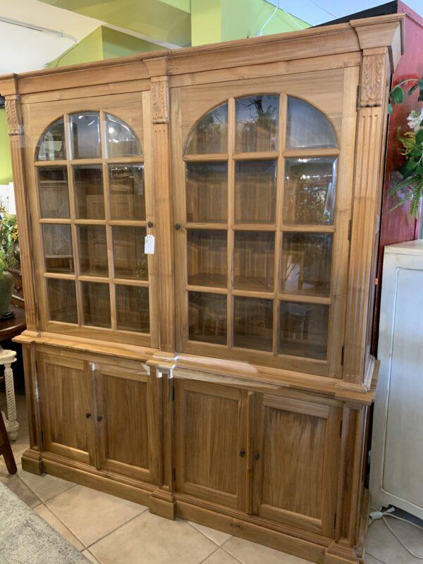 Menara Cabinet