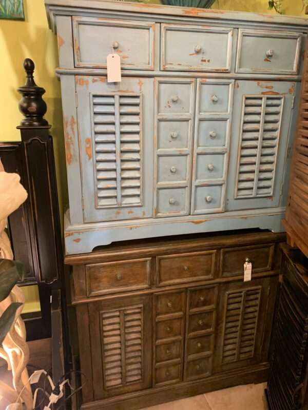 Large Crosby Chest